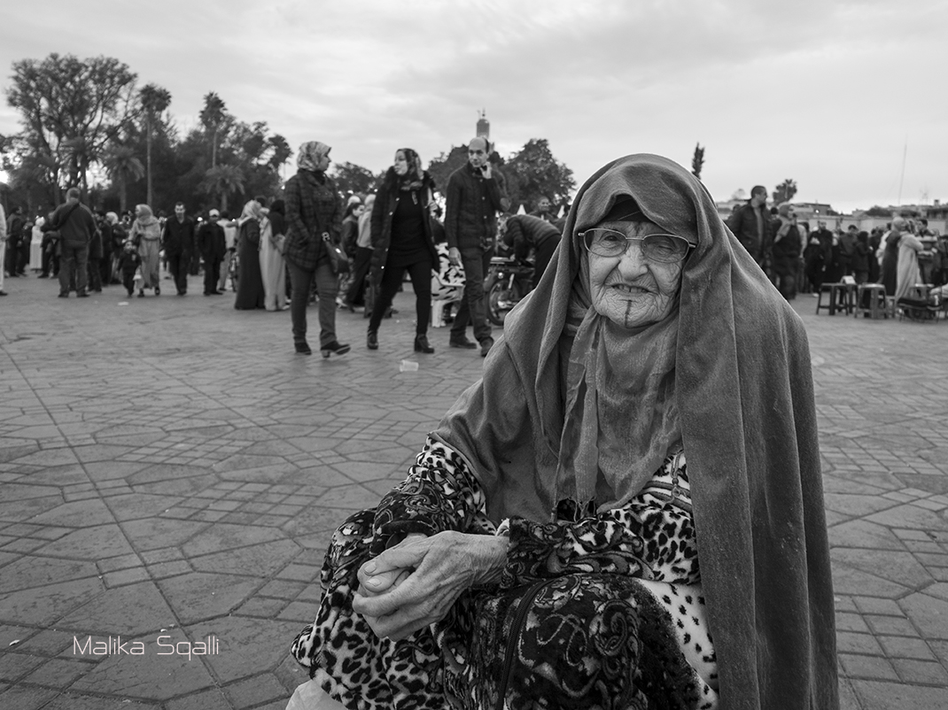 Woman of Marrakech photograph © Malika Squalli